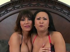 A threesome with Asian MILFs