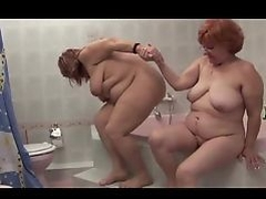 Granny Lesbians In The Shower
