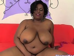 Ebony plumper sucking before doggystyle