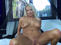 Blonde busty wench Winnie gets anal fucked on a first date