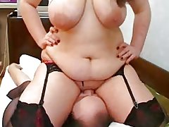 fat girl facesitting